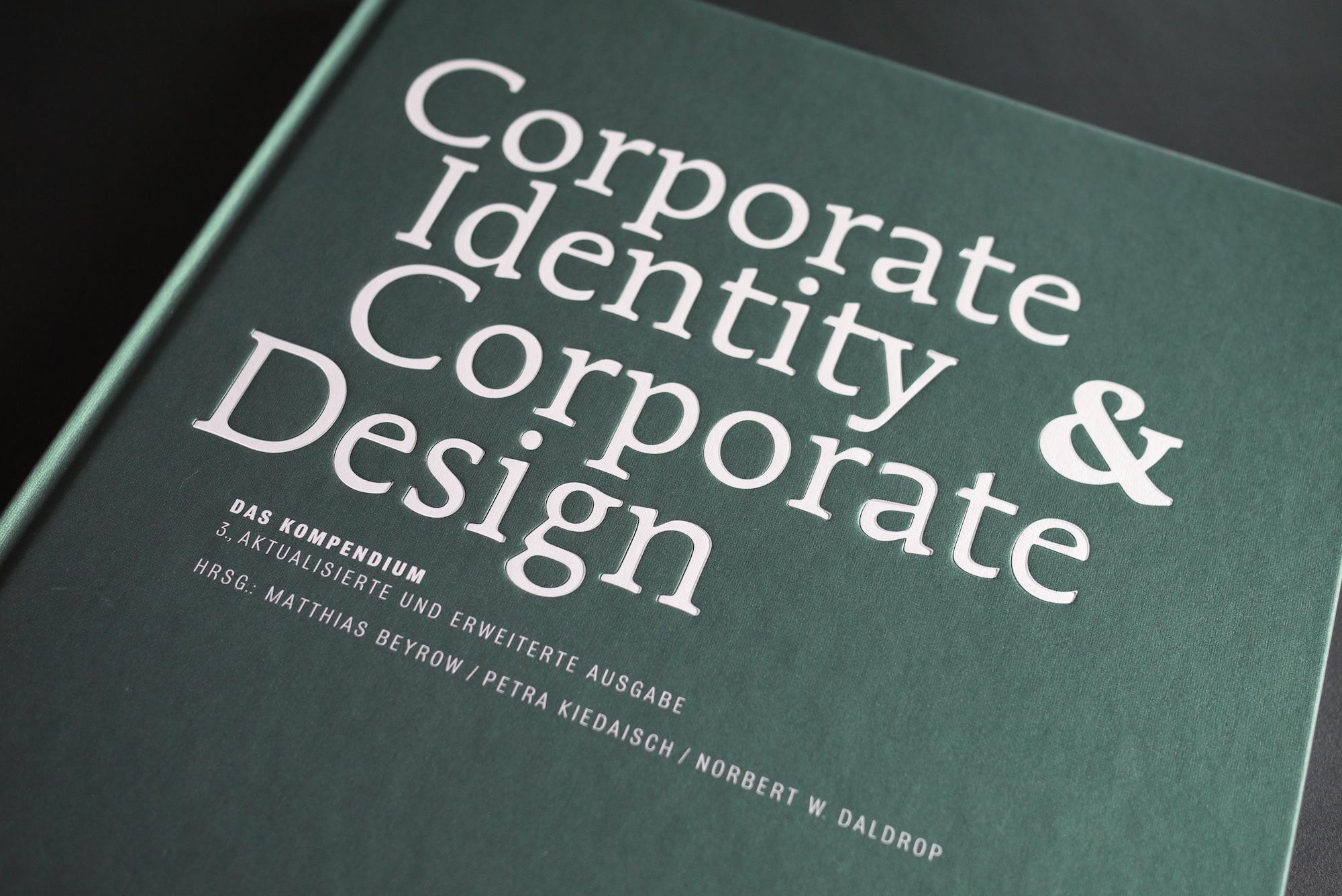 Corporate Identity & Service Design_1
